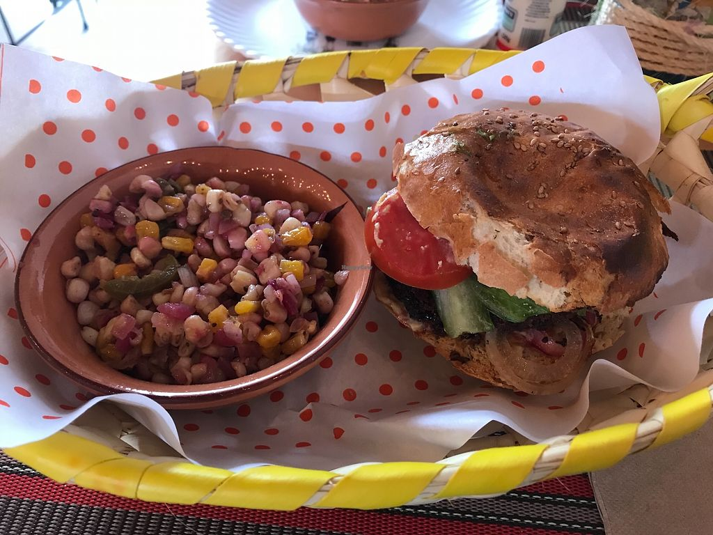"""Photo of Todo Vegano Sandwiches Arte y Mas  by <a href=""""/members/profile/Malingylfa"""">Malingylfa</a> <br/>Burger and corn salad <br/> March 16, 2018  - <a href='/contact/abuse/image/107089/371149'>Report</a>"""