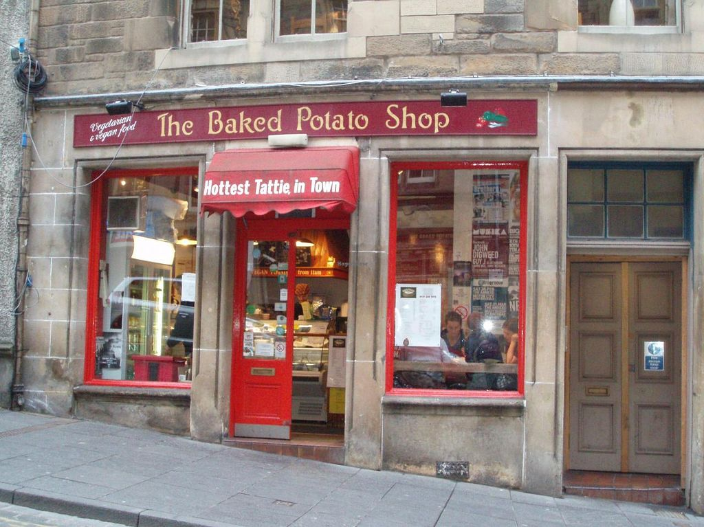 "Photo of The Baked Potato Shop  by <a href=""/members/profile/Pamina"">Pamina</a> <br/>The Baked Potato Shop, Edinburgh <br/> June 20, 2014  - <a href='/contact/abuse/image/1070/72396'>Report</a>"