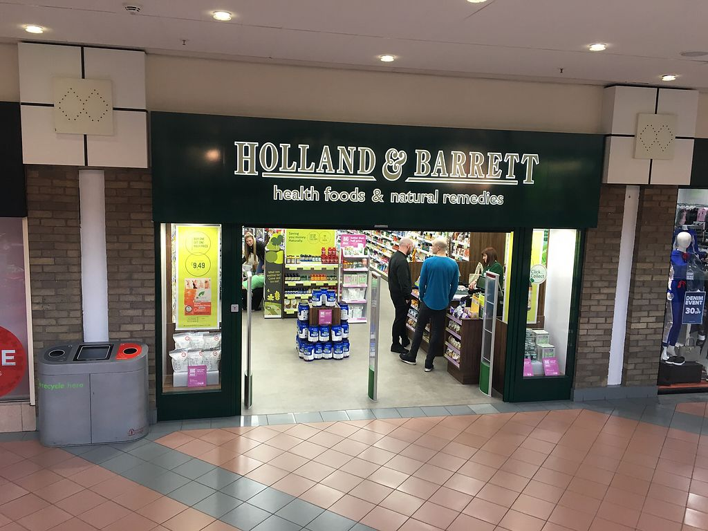 """Photo of Holland & Barrett  by <a href=""""/members/profile/hack_man"""">hack_man</a> <br/>Exterior  <br/> February 19, 2018  - <a href='/contact/abuse/image/107125/361294'>Report</a>"""