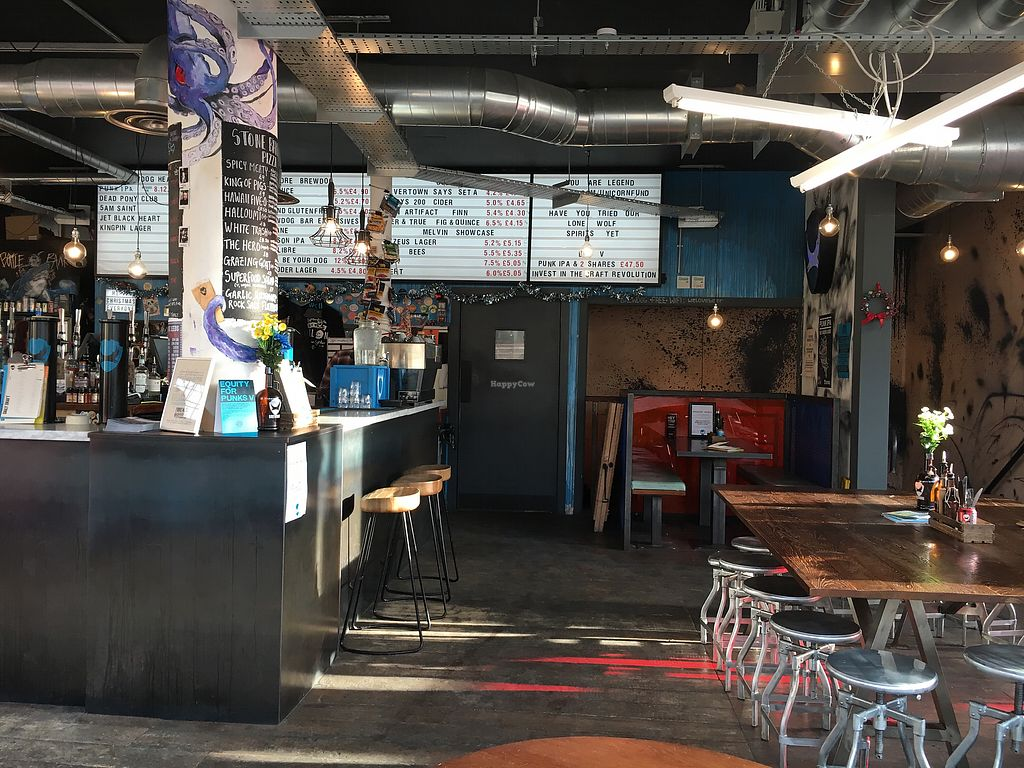 """Photo of BrewDog - Crispin House  by <a href=""""/members/profile/hack_man"""">hack_man</a> <br/>Inside  <br/> December 16, 2017  - <a href='/contact/abuse/image/107130/336127'>Report</a>"""