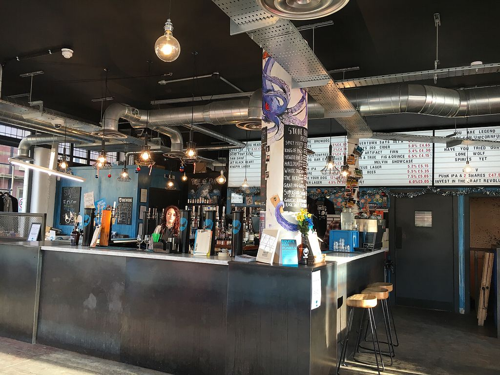 """Photo of BrewDog - Crispin House  by <a href=""""/members/profile/hack_man"""">hack_man</a> <br/>Inside <br/> December 16, 2017  - <a href='/contact/abuse/image/107130/336128'>Report</a>"""