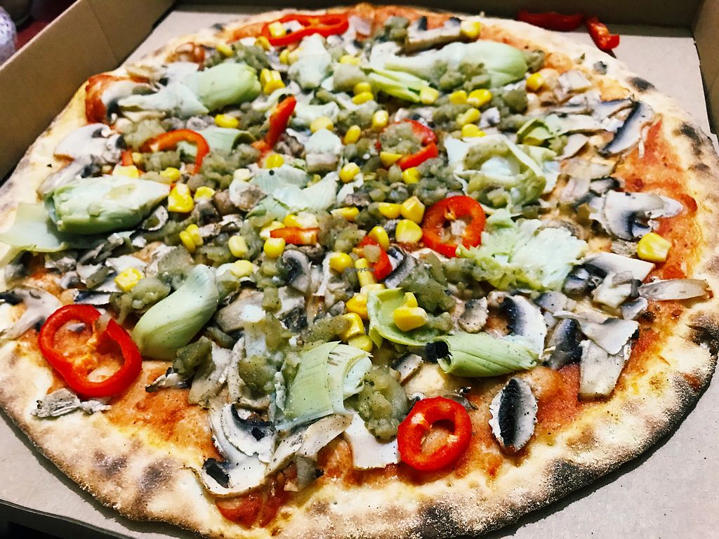 """Photo of Pizza Locale  by <a href=""""/members/profile/veganoteacher"""">veganoteacher</a> <br/>Vegan Pizza with Artichoke  <br/> December 16, 2017  - <a href='/contact/abuse/image/107132/336040'>Report</a>"""
