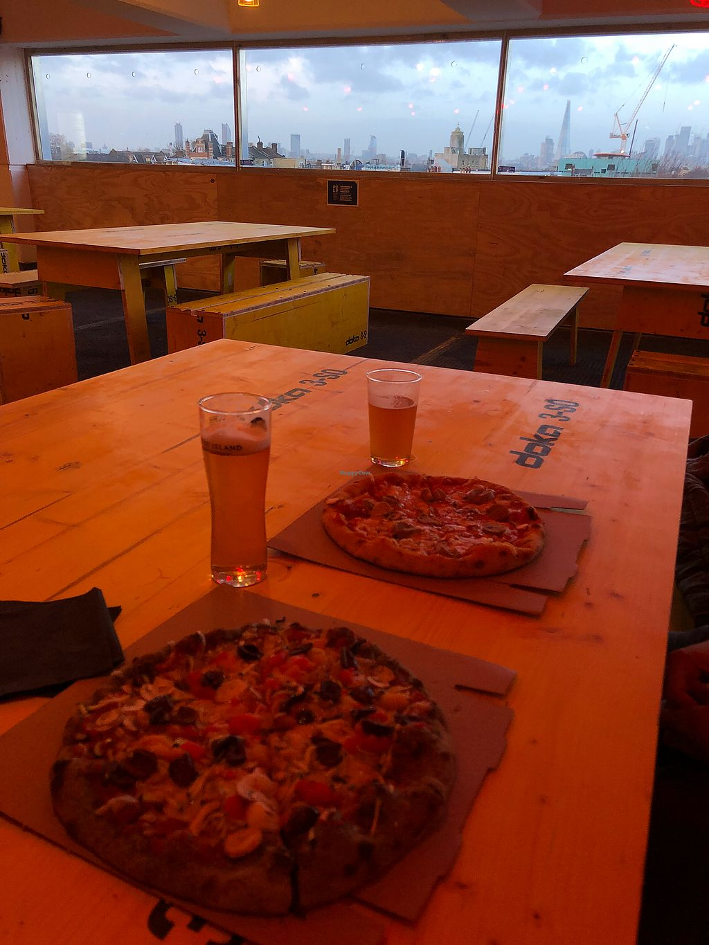 "Photo of PickyWops - Peckham  by <a href=""/members/profile/LauraZr"">LauraZr</a> <br/>Gorgeous pizza + Sweet view ! <br/> January 3, 2018  - <a href='/contact/abuse/image/107163/342615'>Report</a>"