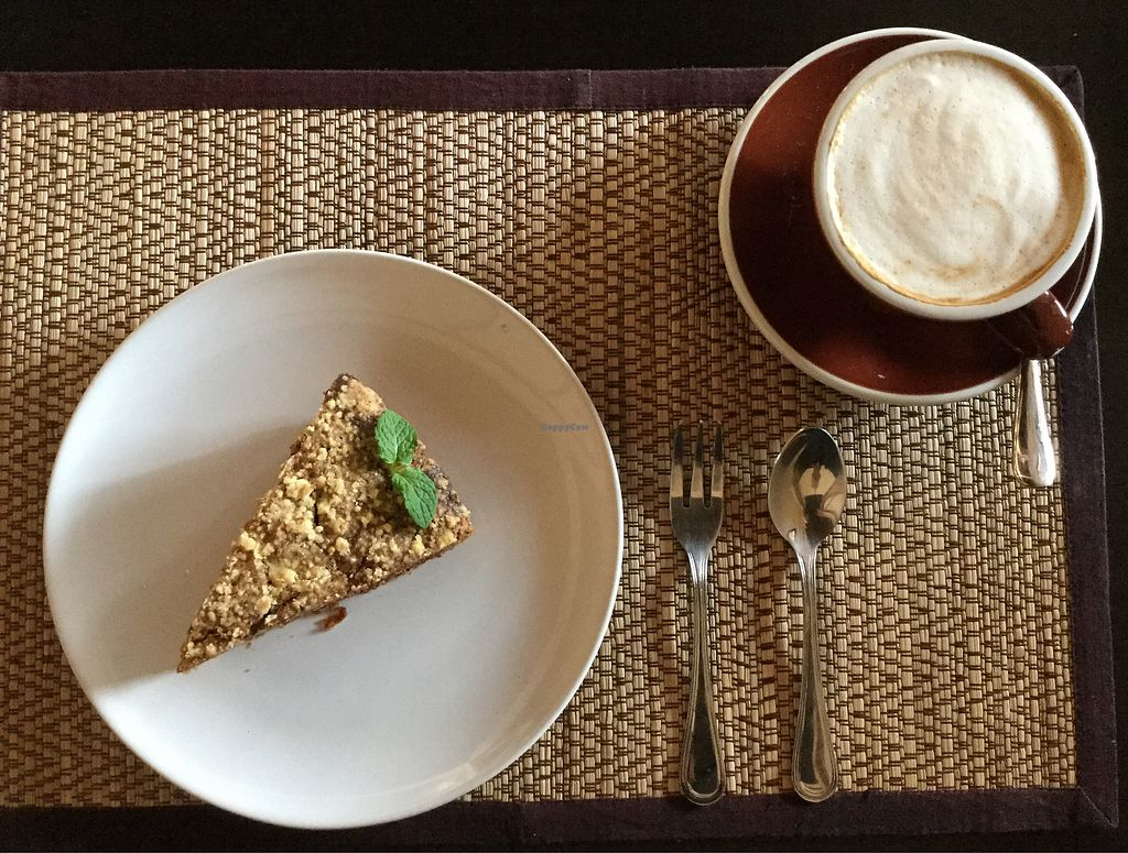 "Photo of Goodsouls Kitchen  by <a href=""/members/profile/Mike%20Munsie"">Mike Munsie</a> <br/>soy latte and carrot cake <br/> February 11, 2018  - <a href='/contact/abuse/image/107183/357772'>Report</a>"