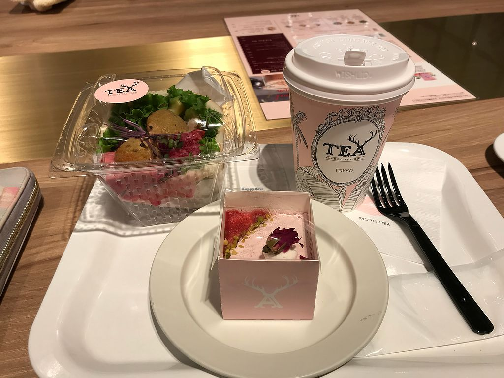 "Photo of Alfred Tea Room  by <a href=""/members/profile/VinettaH%C3%B6frungur"">VinettaHöfrungur</a> <br/>Falafel sandwich and strawberry short cake <br/> December 14, 2017  - <a href='/contact/abuse/image/107186/335404'>Report</a>"