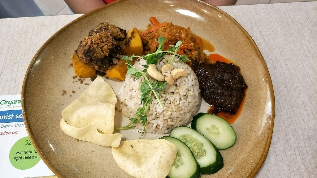 """Photo of BMS Organics at Seremban 2  by <a href=""""/members/profile/alicel"""">alicel</a> <br/>nasi lemak <br/> December 15, 2017  - <a href='/contact/abuse/image/107237/335677'>Report</a>"""