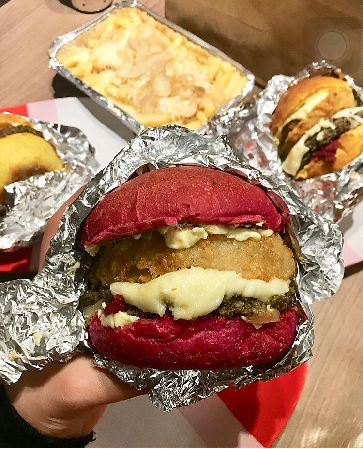 "Photo of Vurger Joint  by <a href=""/members/profile/CamilaSilvaL"">CamilaSilvaL</a> <br/>Burgers and fries! <br/> February 5, 2018  - <a href='/contact/abuse/image/107248/355188'>Report</a>"