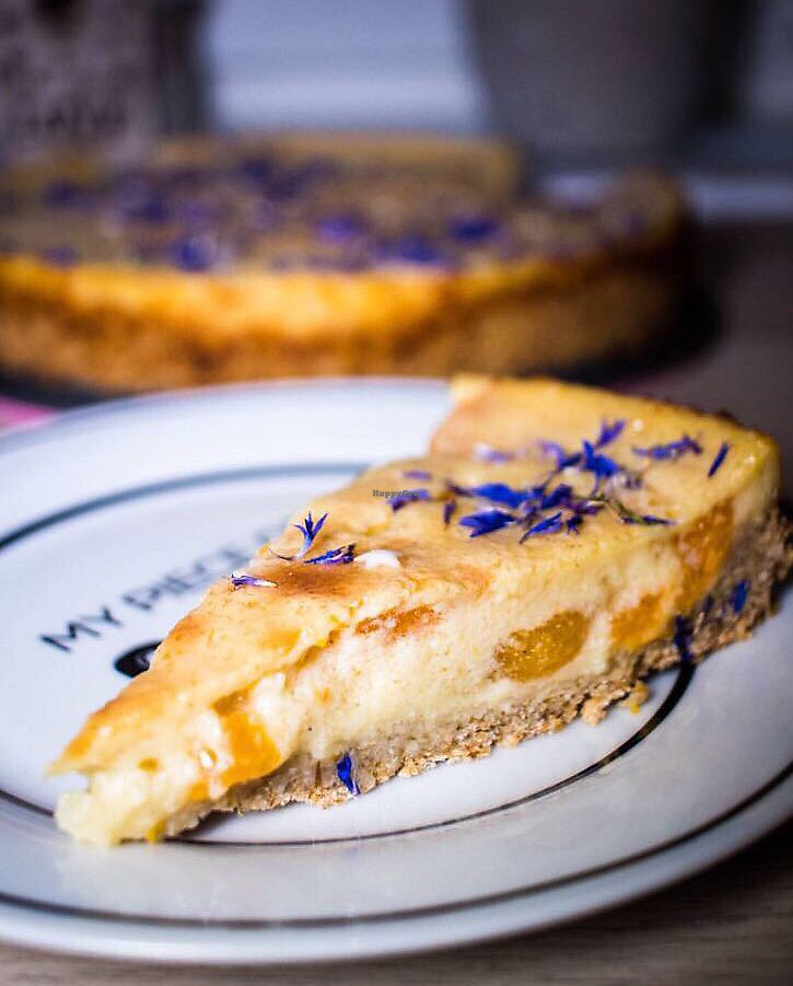 """Photo of Cafe Tante Nanni  by <a href=""""/members/profile/Roman_88"""">Roman_88</a> <br/>Delicious cake <br/> December 17, 2017  - <a href='/contact/abuse/image/107286/336414'>Report</a>"""