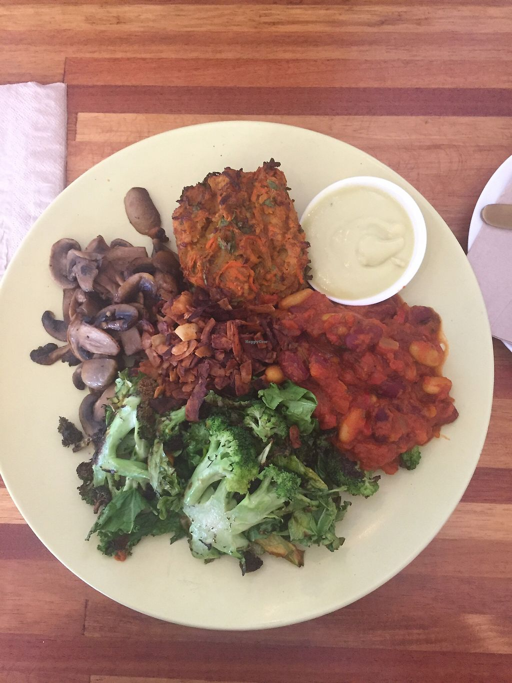 """Photo of The Healthy Hub  by <a href=""""/members/profile/MichelePaes"""">MichelePaes</a> <br/>The Herbivore  <br/> December 21, 2017  - <a href='/contact/abuse/image/107319/337716'>Report</a>"""