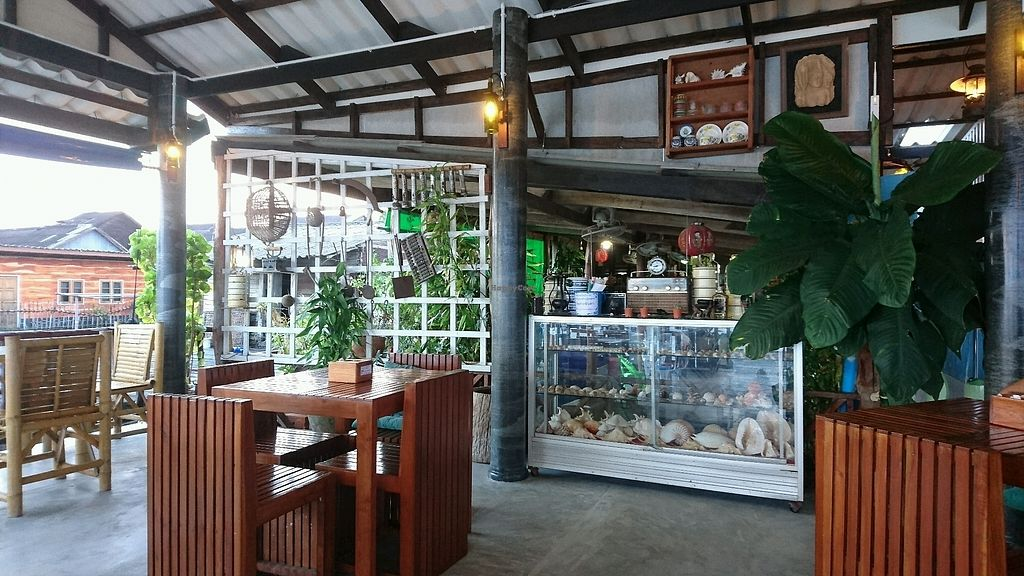 """Photo of Pinto Restaurant  by <a href=""""/members/profile/AnthonyMTL"""">AnthonyMTL</a> <br/>Pinto Restaurant Decor <br/> December 17, 2017  - <a href='/contact/abuse/image/107357/336404'>Report</a>"""