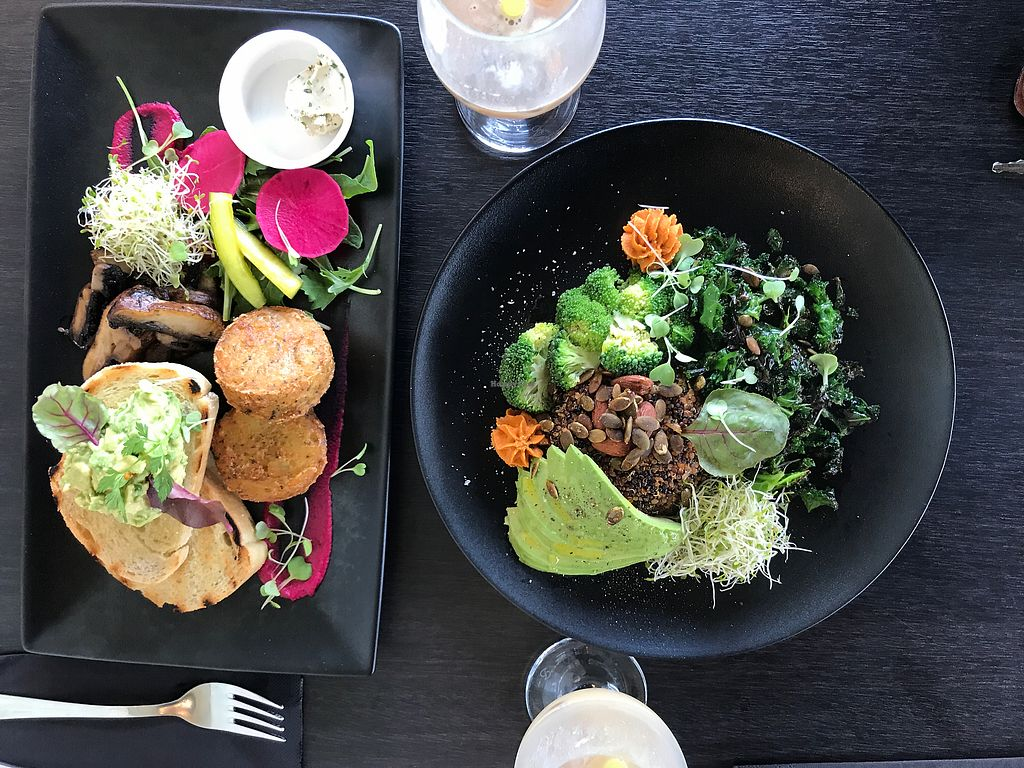 "Photo of Raw Sugar Cafe  by <a href=""/members/profile/SabrinaMcKenzie"">SabrinaMcKenzie</a> <br/>Avo mash and quinoa bowl! <br/> February 16, 2018  - <a href='/contact/abuse/image/107404/359896'>Report</a>"