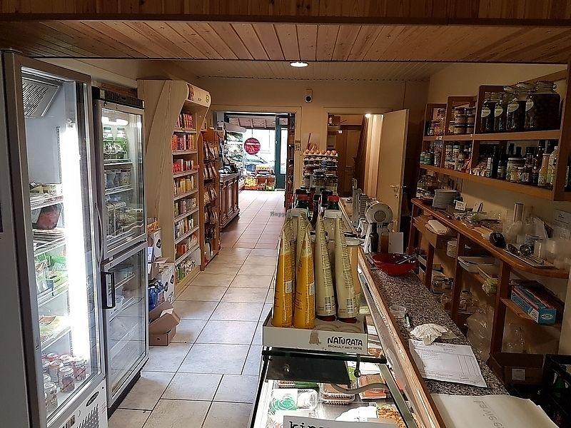 "Photo of Vier De Seizoenen  by <a href=""/members/profile/TrudiBruges"">TrudiBruges</a> <br/>inside shop, Vier de Seizoenen, Bruges  <br/> December 19, 2017  - <a href='/contact/abuse/image/107514/337240'>Report</a>"
