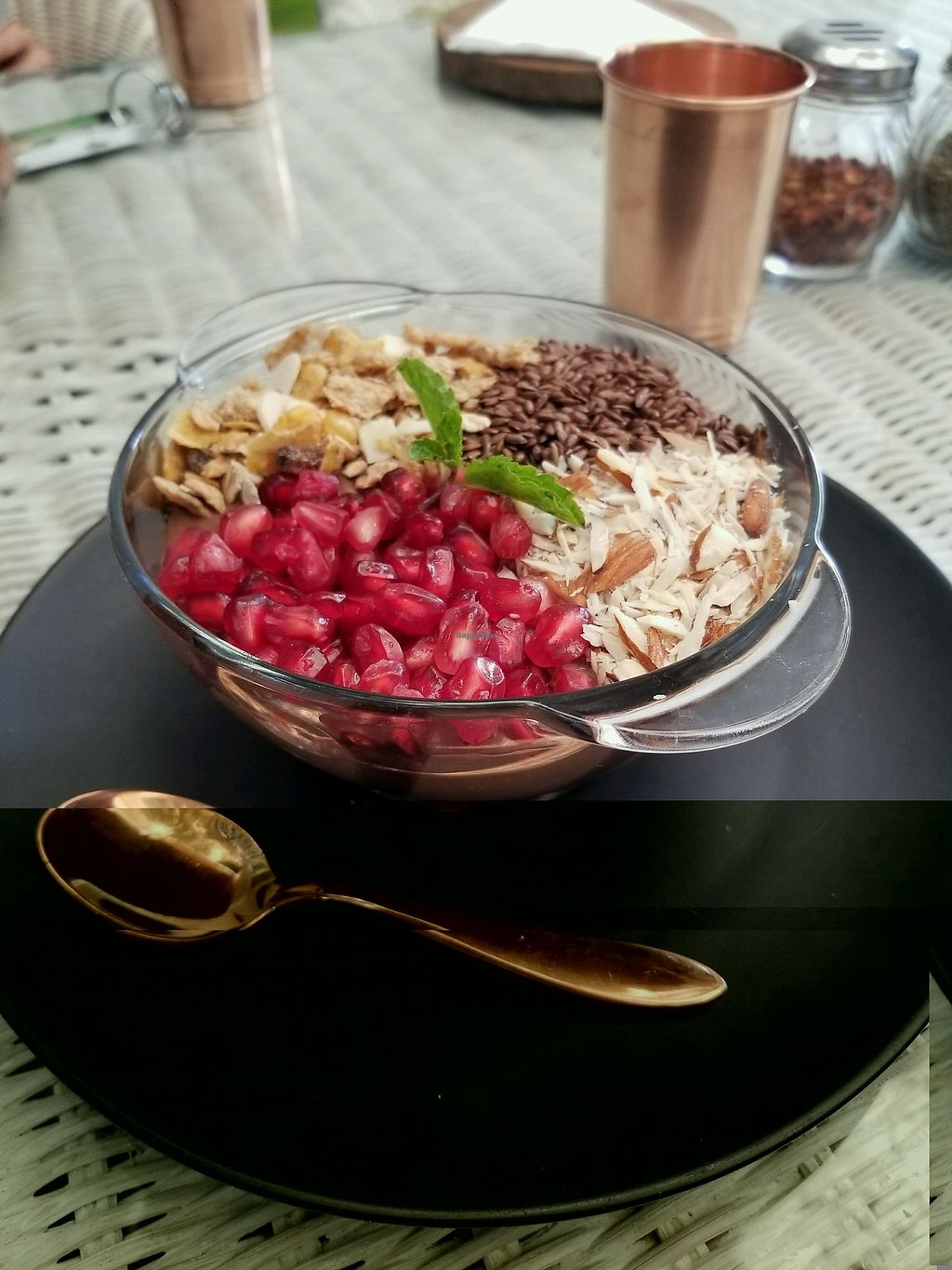"Photo of Sante  by <a href=""/members/profile/Naturalia"">Naturalia</a> <br/>smoothie bowl <br/> December 23, 2017  - <a href='/contact/abuse/image/107758/338286'>Report</a>"