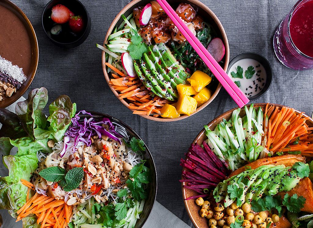 "Photo of Buddha Bowl  by <a href=""/members/profile/buddhabowldenhaag"">buddhabowldenhaag</a> <br/>All the bowlsVeganbowls - Chicken Bowls - Raw Food - Smoothies Bowls - Tea - Coffee -  <br/> December 24, 2017  - <a href='/contact/abuse/image/107816/338702'>Report</a>"