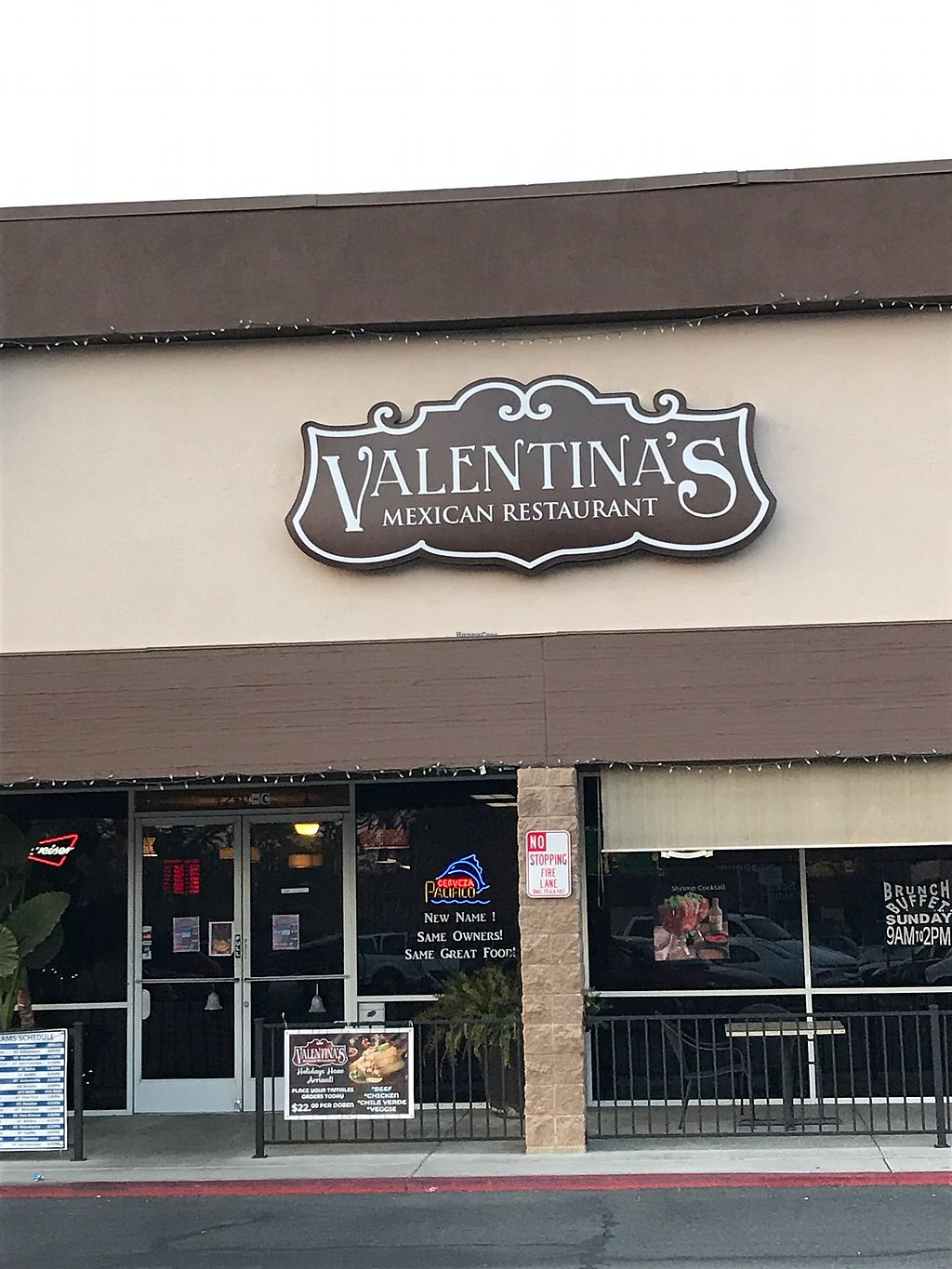 "Photo of Valentina's Mexican Grill  by <a href=""/members/profile/glassesgirl79"">glassesgirl79</a> <br/>Entrance to Valentina's Mexican Restaurant  <br/> December 24, 2017  - <a href='/contact/abuse/image/107854/338606'>Report</a>"