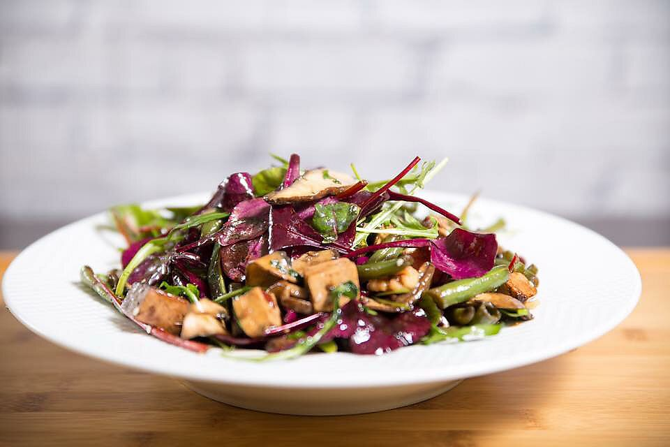 """Photo of Ludens Express  by <a href=""""/members/profile/Brok%20O.%20Lee"""">Brok O. Lee</a> <br/>Vegan hot mushroom salad <br/> December 28, 2017  - <a href='/contact/abuse/image/107910/339905'>Report</a>"""