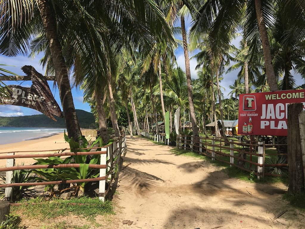 """Photo of Jack's Place   by <a href=""""/members/profile/lotustummy"""">lotustummy</a> <br/>Entrance is on the small beach road - right side of the beach entrance. Maybe 10 min walk or more from the parking lot.  <br/> December 26, 2017  - <a href='/contact/abuse/image/107963/339329'>Report</a>"""