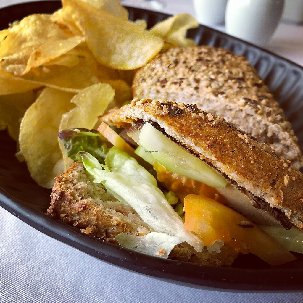 "Photo of A Ver Tavira  by <a href=""/members/profile/Arkie"">Arkie</a> <br/>Vegan sandwich with marinated tofu and avocado <br/> December 27, 2017  - <a href='/contact/abuse/image/107970/339496'>Report</a>"