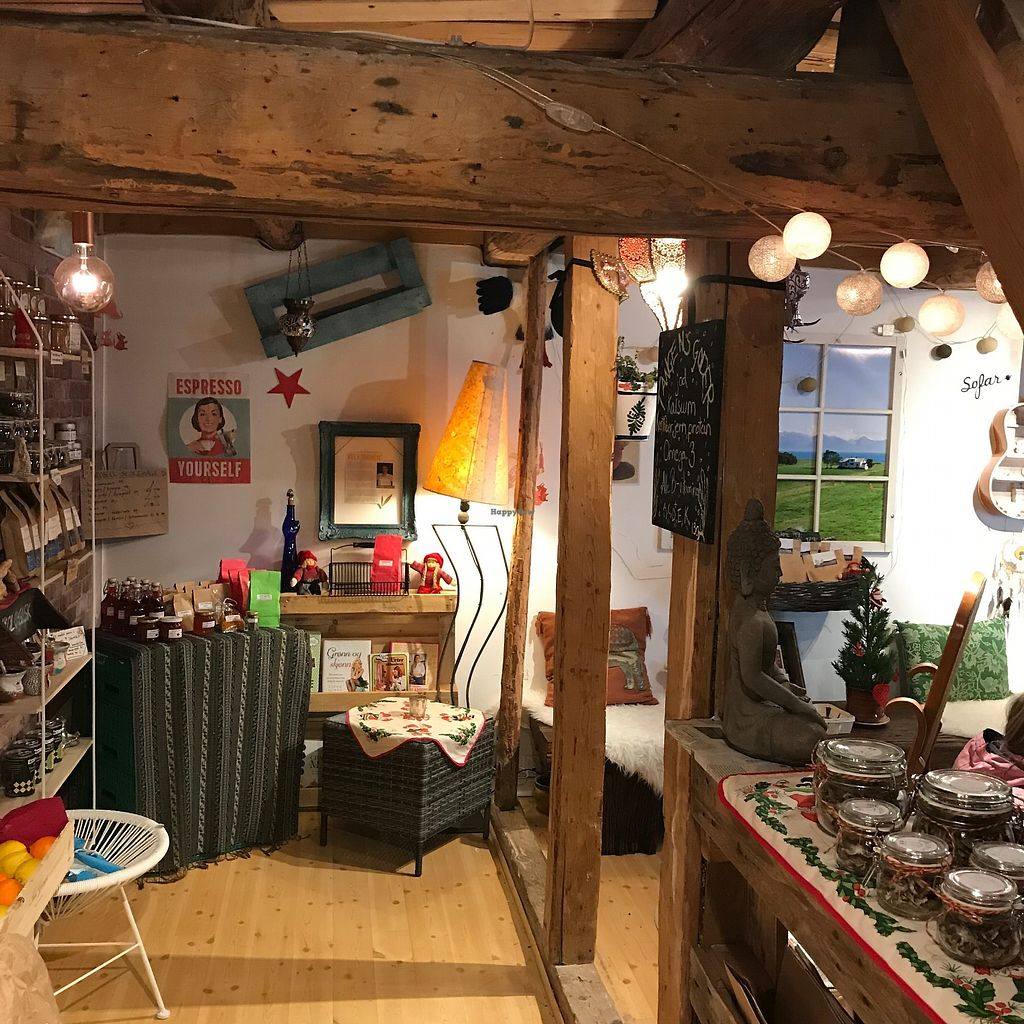 "Photo of Okobua  by <a href=""/members/profile/Dharmalivi"">Dharmalivi</a> <br/>The little shop filled with organic products from Norway and around the world <br/> December 28, 2017  - <a href='/contact/abuse/image/108098/340189'>Report</a>"