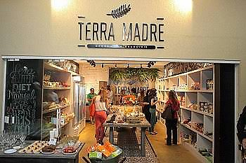 "Photo of Terra Madre  by <a href=""/members/profile/FernandaOliveira"">FernandaOliveira</a> <br/>fora <br/> December 30, 2017  - <a href='/contact/abuse/image/108141/340988'>Report</a>"