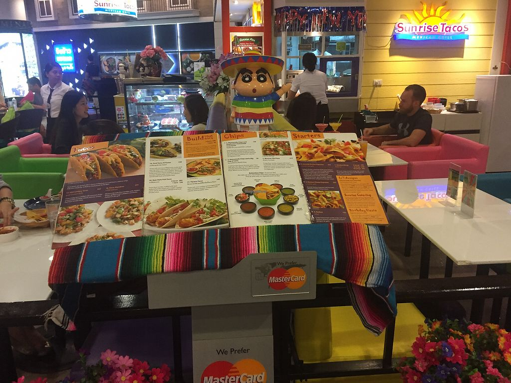 """Photo of Sunrise Tacos  by <a href=""""/members/profile/dhidden"""">dhidden</a> <br/>Menu with Mexican guy <br/> January 8, 2018  - <a href='/contact/abuse/image/108173/344361'>Report</a>"""