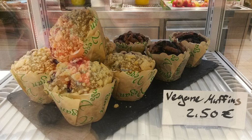 """Photo of Frische Freunde  by <a href=""""/members/profile/DusselDaene"""">DusselDaene</a> <br/>Vegan muffins <br/> January 22, 2018  - <a href='/contact/abuse/image/108248/349861'>Report</a>"""