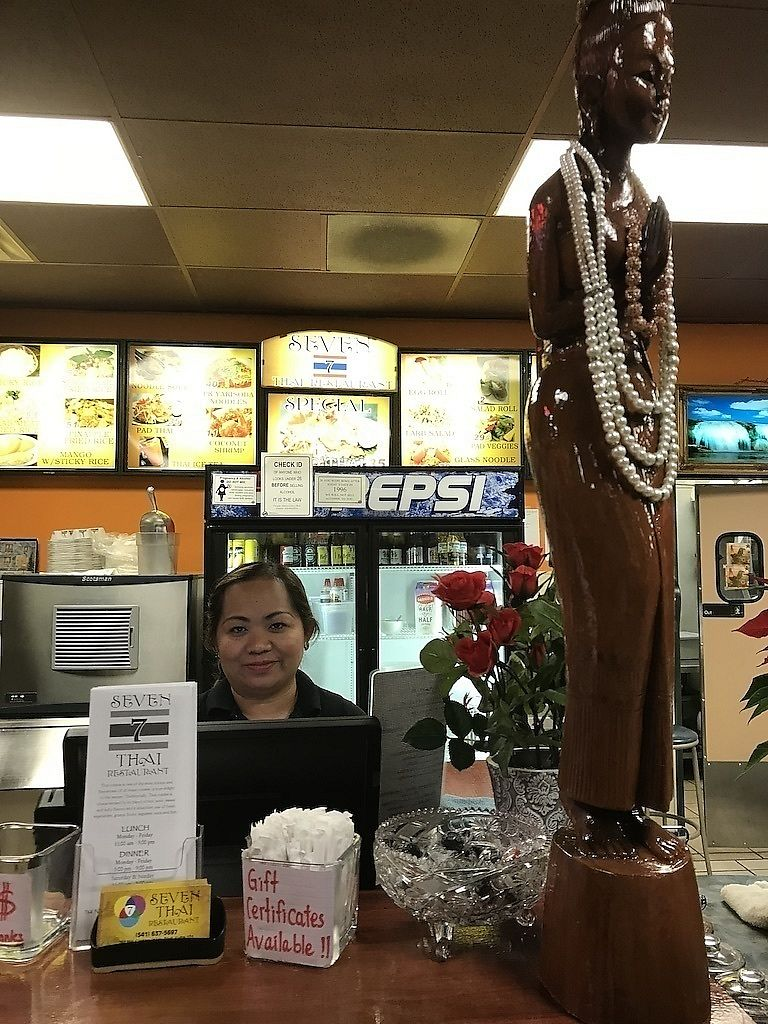 "Photo of 7 Seven Thai Restaurant  by <a href=""/members/profile/SuzyKrause"">SuzyKrause</a> <br/>Comfortable, casual, and friendly atmosphere <br/> December 31, 2017  - <a href='/contact/abuse/image/108273/341408'>Report</a>"