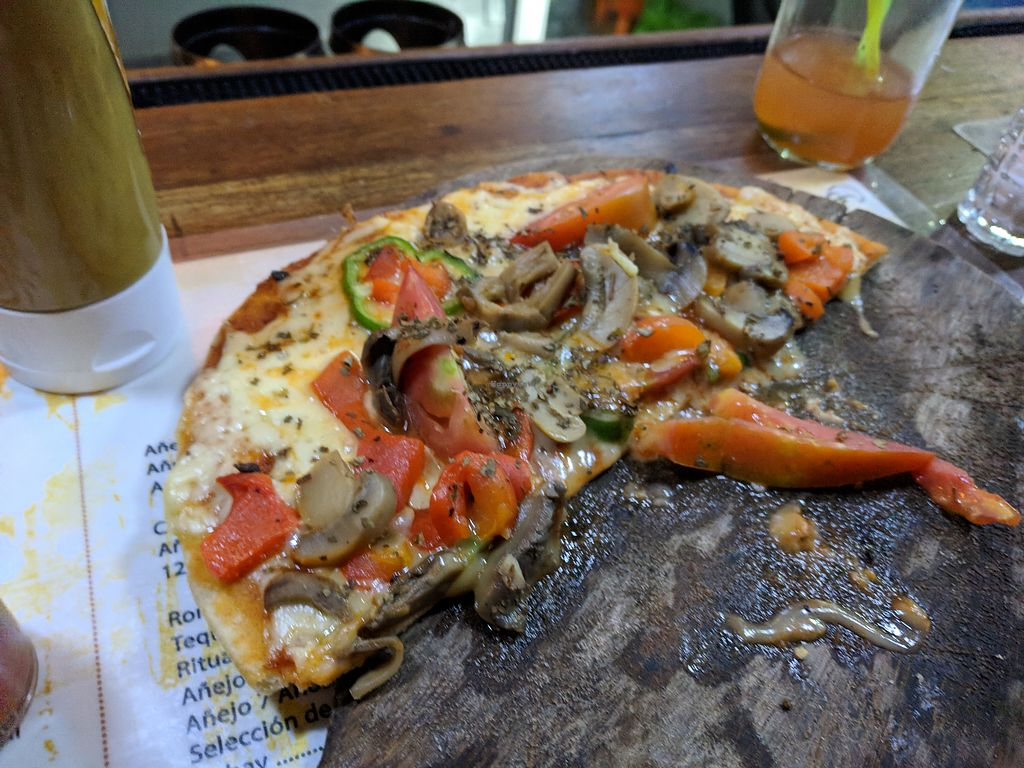 """Photo of Bar Cafe Restaurante Giroud J&J  by <a href=""""/members/profile/zenmaestro"""">zenmaestro</a> <br/>veggie pizza. you may order without cheese to make it vegan <br/> January 2, 2018  - <a href='/contact/abuse/image/108284/342289'>Report</a>"""
