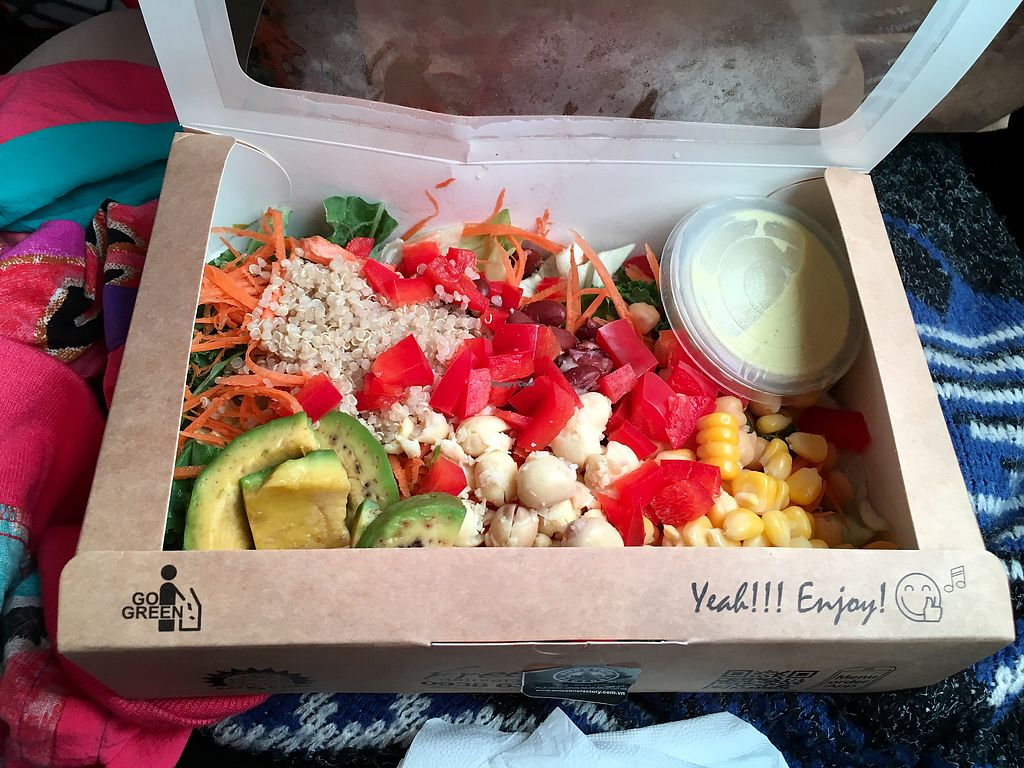 """Photo of Smoothie Factory  by <a href=""""/members/profile/CamilaSilvaL"""">CamilaSilvaL</a> <br/>Salad  <br/> January 31, 2018  - <a href='/contact/abuse/image/108306/353247'>Report</a>"""