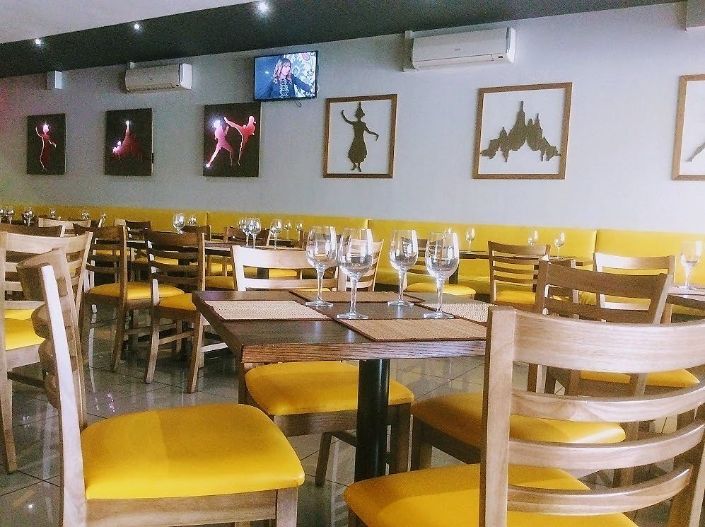 """Photo of Simply Asia - Boskruin  by <a href=""""/members/profile/%C5%A0%C3%A1rkaHedstr%C3%B6m"""">ŠárkaHedström</a> <br/>Comfortable seating, clean, great service.  <br/> January 7, 2018  - <a href='/contact/abuse/image/108357/343867'>Report</a>"""