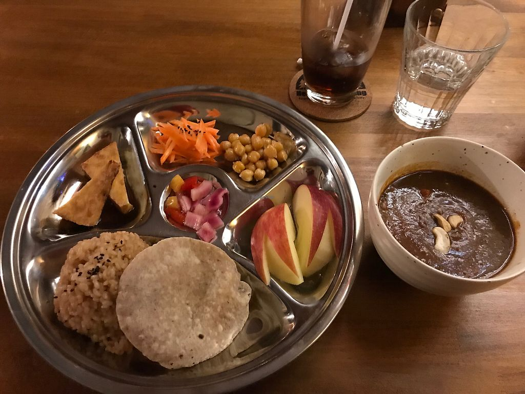 """Photo of Magic-Bento  by <a href=""""/members/profile/ElizaJones"""">ElizaJones</a> <br/>Veg curry plate  <br/> January 4, 2018  - <a href='/contact/abuse/image/108535/342868'>Report</a>"""
