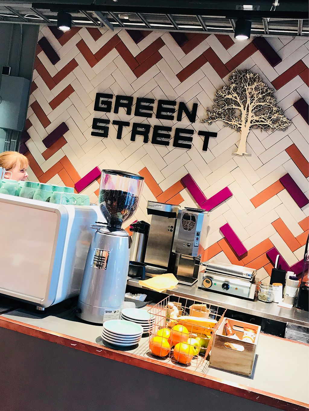 """Photo of GreenStreet  by <a href=""""/members/profile/doctorjay"""">doctorjay</a> <br/>Green Street <br/> February 9, 2018  - <a href='/contact/abuse/image/108564/356765'>Report</a>"""