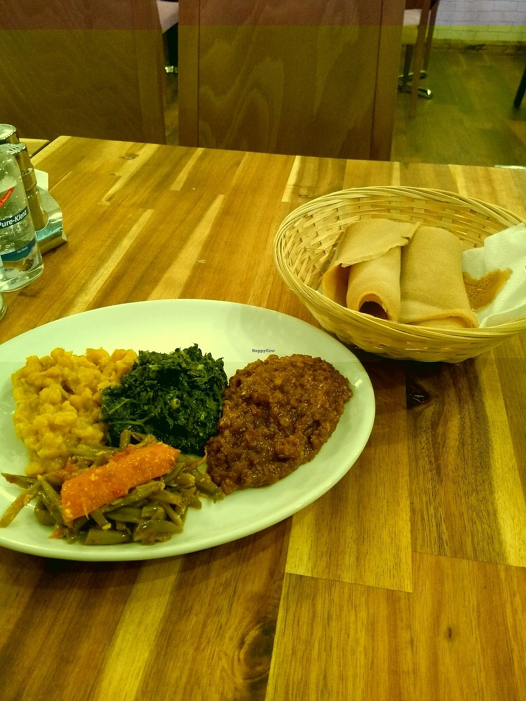 """Photo of Engocha  by <a href=""""/members/profile/sparklelilz"""">sparklelilz</a> <br/>Selection of curries and delicious flatbread <br/> January 7, 2018  - <a href='/contact/abuse/image/108652/344095'>Report</a>"""