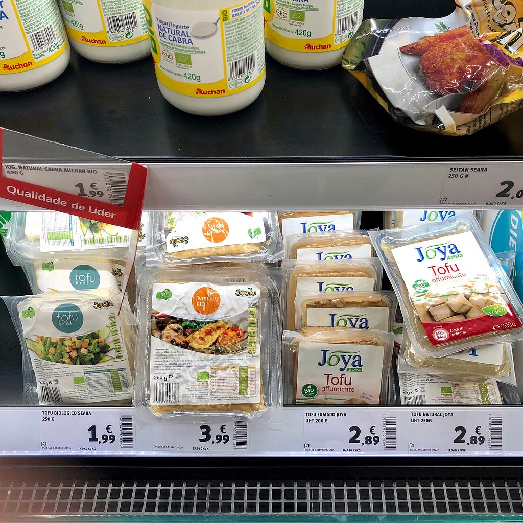 "Photo of My Auchan  by <a href=""/members/profile/Vera%20Peres"">Vera Peres</a> <br/>Tofu and tempeh  <br/> January 30, 2018  - <a href='/contact/abuse/image/108686/352690'>Report</a>"