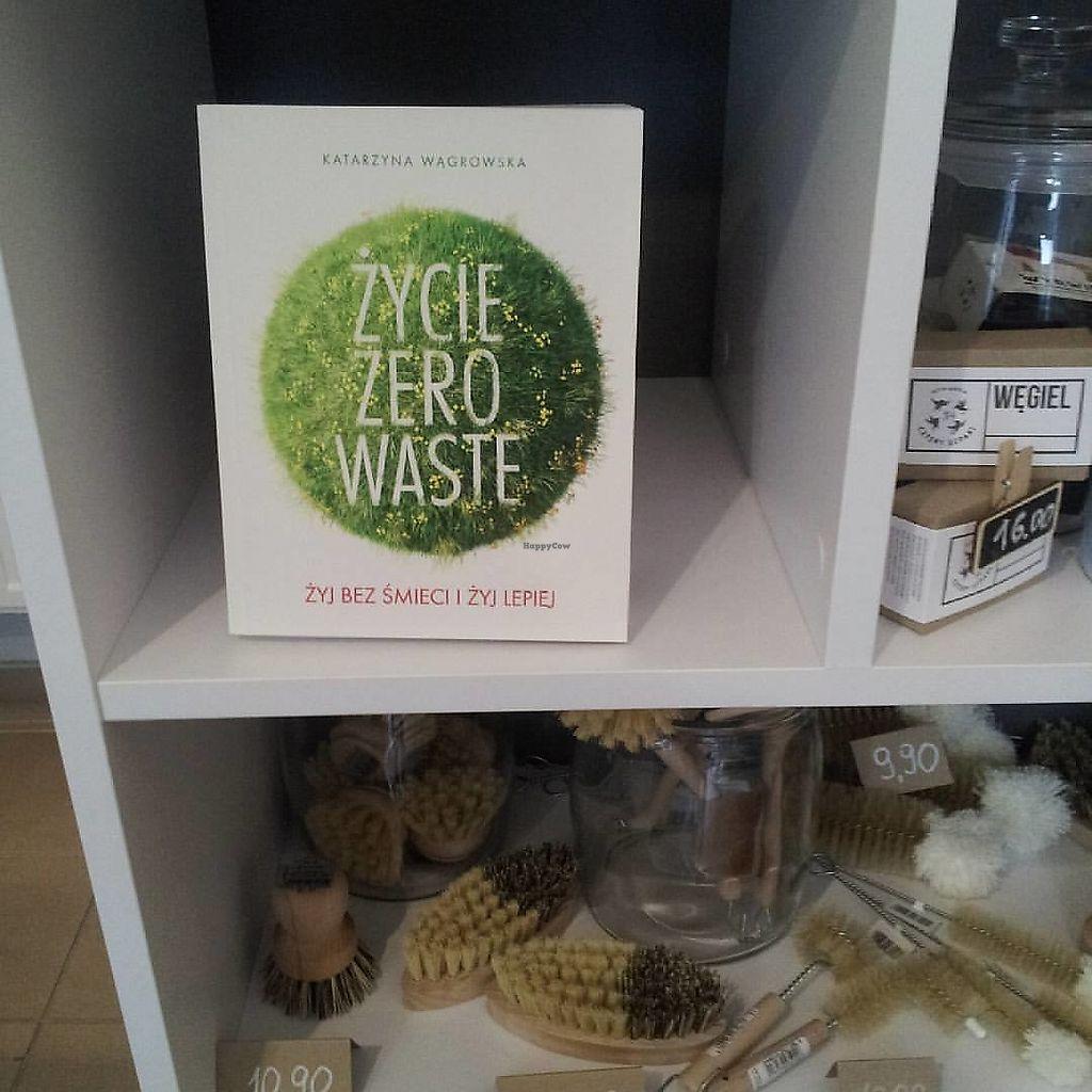 "Photo of Bez Pudla  by <a href=""/members/profile/FernandoMoreira"">FernandoMoreira</a> <br/>zero waste book <br/> January 16, 2018  - <a href='/contact/abuse/image/108704/347157'>Report</a>"