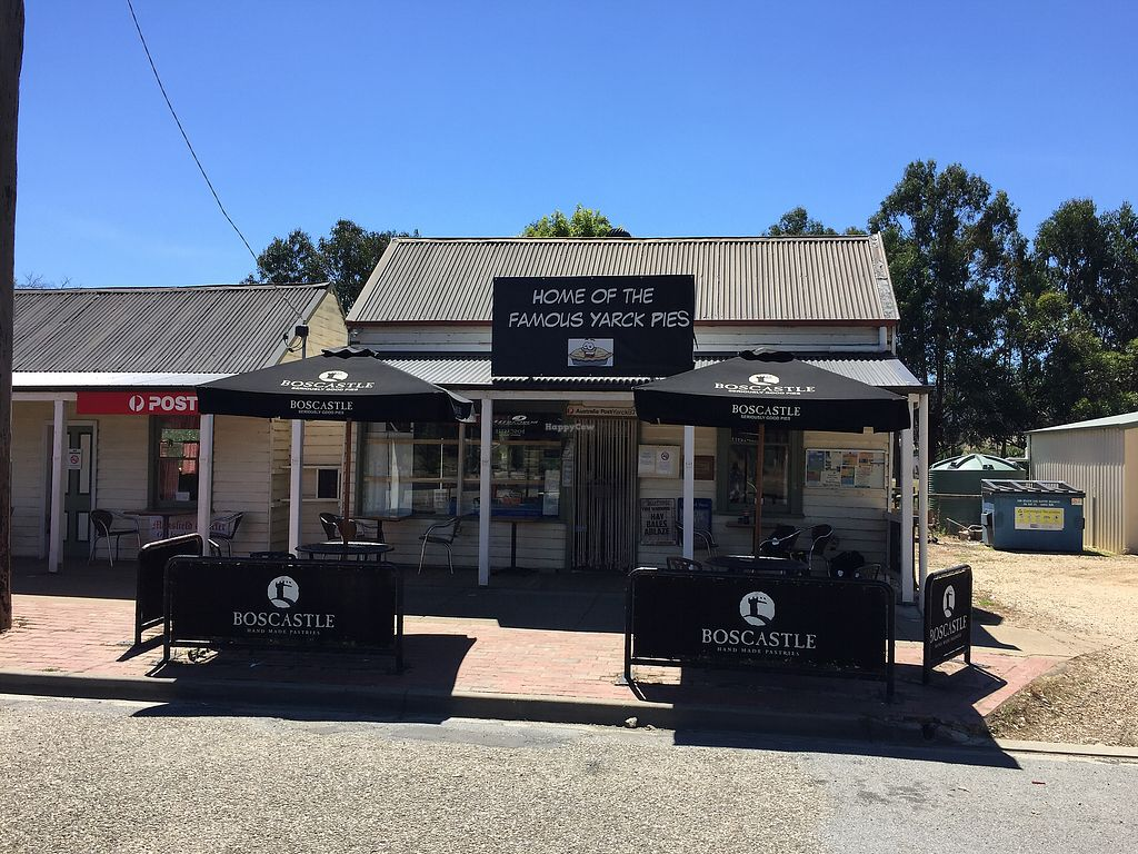 """Photo of The Yarck General Store  by <a href=""""/members/profile/Wuji_Luiji"""">Wuji_Luiji</a> <br/>The general store from outside  <br/> January 7, 2018  - <a href='/contact/abuse/image/108738/343912'>Report</a>"""