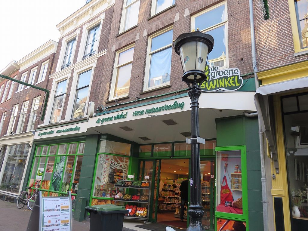 "Photo of CLOSED: De Groene Winkel  by <a href=""/members/profile/TrudiBruges"">TrudiBruges</a> <br/>2015 <br/> November 30, 2017  - <a href='/contact/abuse/image/10874/330881'>Report</a>"