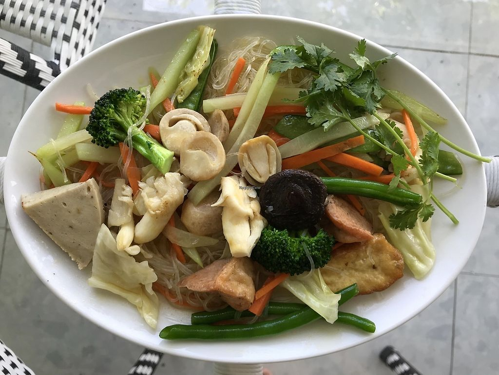 """Photo of Phap Duyen Mon An Chay  by <a href=""""/members/profile/kezia"""">kezia</a> <br/>Superb fried rice noodles with vegetables- Vegan  <br/> January 7, 2018  - <a href='/contact/abuse/image/108756/343924'>Report</a>"""