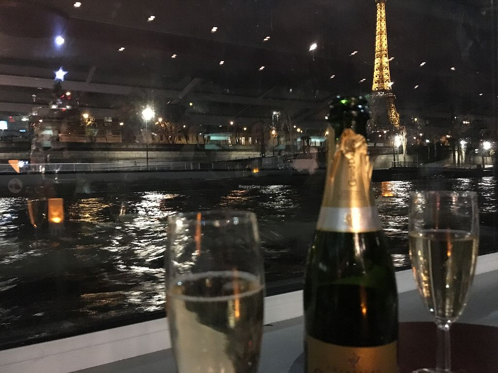 """Photo of Paris en Scene  by <a href=""""/members/profile/xavierfretard"""">xavierfretard</a> <br/>Champagne <br/> January 5, 2018  - <a href='/contact/abuse/image/108775/343323'>Report</a>"""