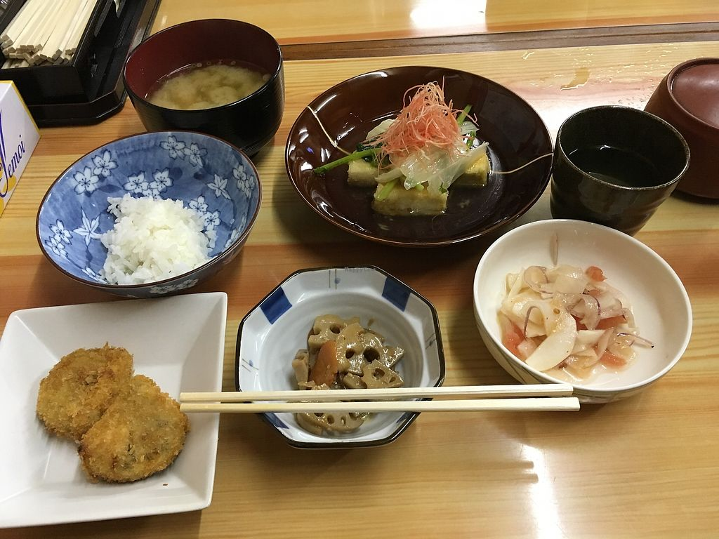"""Photo of Tsujigahana  by <a href=""""/members/profile/a.s."""">a.s.</a> <br/>Free rice re-fill available.  <br/> January 23, 2018  - <a href='/contact/abuse/image/108821/350054'>Report</a>"""