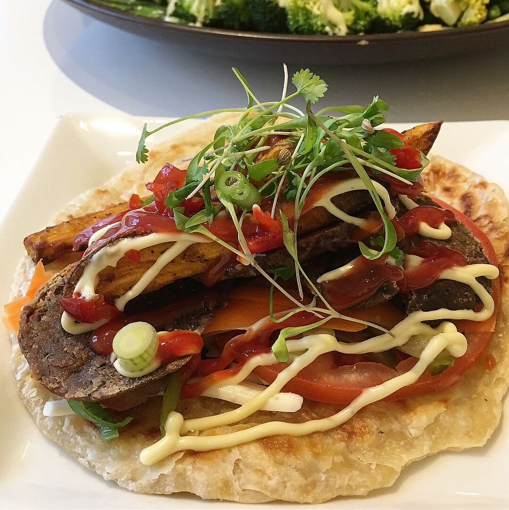 """Photo of BBVegan  by <a href=""""/members/profile/BBV"""">BBV</a> <br/>The Patti paratha is delicious! <br/> January 9, 2018  - <a href='/contact/abuse/image/108968/344665'>Report</a>"""