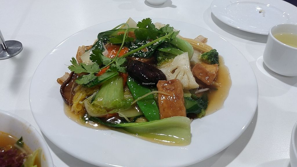 """Photo of Hoa Nghiem Vegie Hut  by <a href=""""/members/profile/vegelover"""">vegelover</a> <br/>Sir Fried Vegetables And Flat Noodles <br/> January 26, 2018  - <a href='/contact/abuse/image/108975/351275'>Report</a>"""