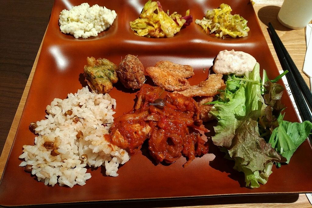 """Photo of Veggie House  by <a href=""""/members/profile/Ankika"""">Ankika</a> <br/>Variations from the buffet  <br/> January 13, 2018  - <a href='/contact/abuse/image/108984/346133'>Report</a>"""