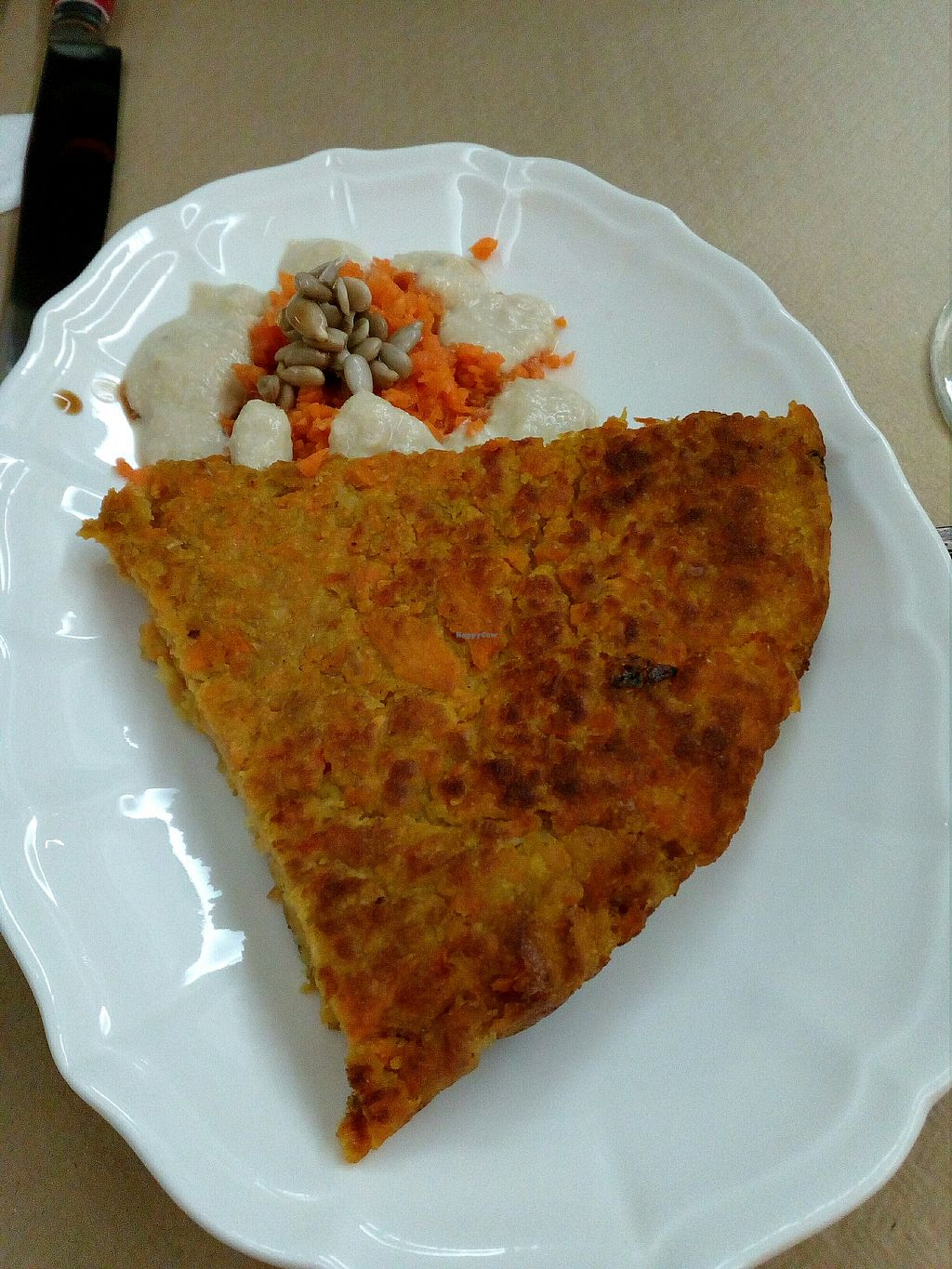 "Photo of Vitale  by <a href=""/members/profile/wyrd"">wyrd</a> <br/>vegan tortilla with carrots <br/> April 24, 2018  - <a href='/contact/abuse/image/109061/390624'>Report</a>"