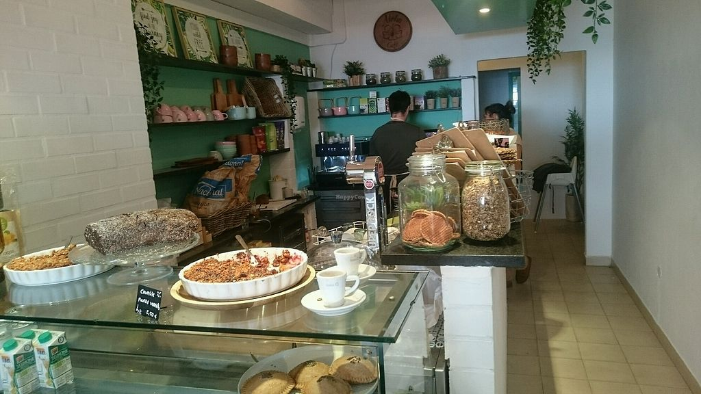 """Photo of Aloha Beach Cafe  by <a href=""""/members/profile/KevinFrea"""">KevinFrea</a> <br/>The counter <br/> February 14, 2018  - <a href='/contact/abuse/image/109340/359273'>Report</a>"""