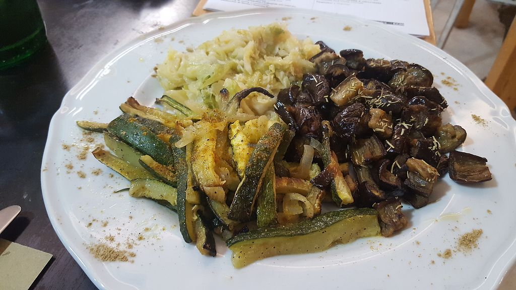 """Photo of Amico Bio - Spartacus Arena  by <a href=""""/members/profile/spunkiVeg"""">spunkiVeg</a> <br/>Three vegetables:  zucchini, cabbage, and eggplant (aubergines) <br/> February 1, 2018  - <a href='/contact/abuse/image/109354/353400'>Report</a>"""