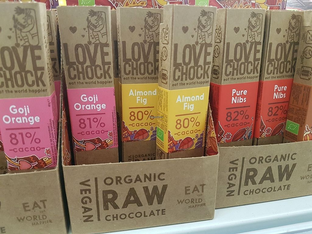 "Photo of Holland & Barrett  by <a href=""/members/profile/TrudiBruges"">TrudiBruges</a> <br/>organic raw vegan chocolate <br/> January 24, 2018  - <a href='/contact/abuse/image/109405/350541'>Report</a>"