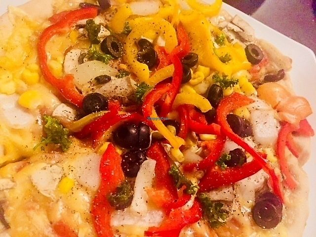 """Photo of La Bella  by <a href=""""/members/profile/ChristianVegan"""">ChristianVegan</a> <br/>Pizza <br/> April 9, 2018  - <a href='/contact/abuse/image/109624/383065'>Report</a>"""