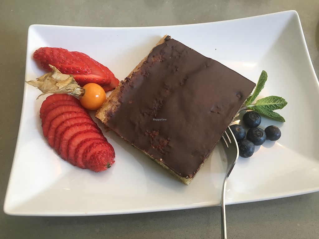 """Photo of Grüngut  by <a href=""""/members/profile/SydGo84"""">SydGo84</a> <br/>Lovely cake! ❤️ <br/> April 5, 2018  - <a href='/contact/abuse/image/109728/381027'>Report</a>"""