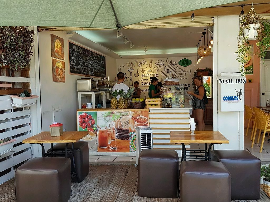 """Photo of Costa Juice  by <a href=""""/members/profile/Rongie"""">Rongie</a> <br/>cozy seating at Costa Juice <br/> March 13, 2018  - <a href='/contact/abuse/image/109785/370238'>Report</a>"""